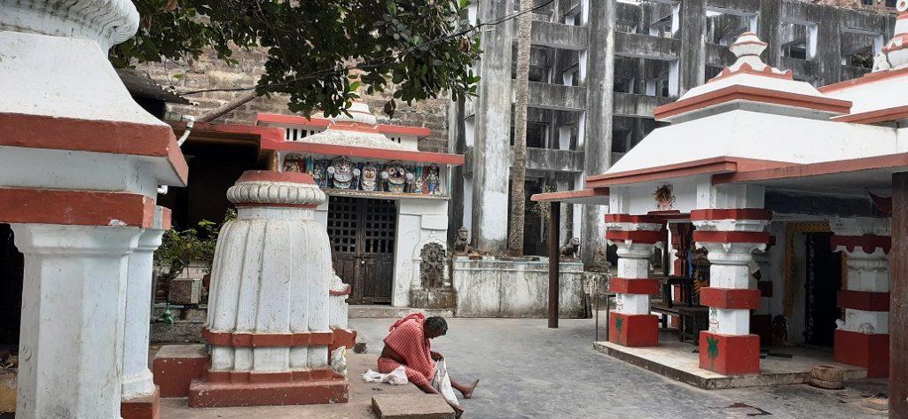 Alabukeswara_temple_guidetopuri.com